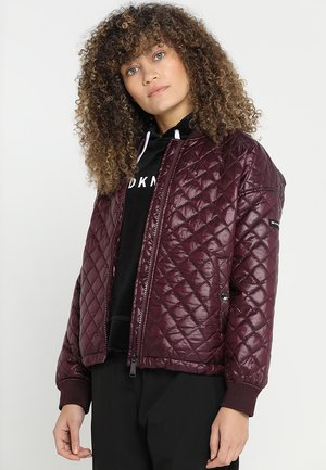 OVERSIZED QUILTED BOMBER - Blouson - metallic currant