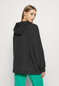 DKNY - HOODED ANORAK - Veste coupe-vent - black - 2