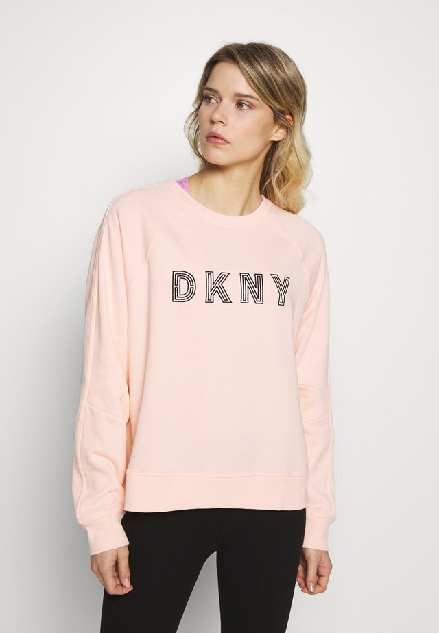 EMBROIDERED TRACK LOGOBOXY CREWNECK - Sweatshirt - papaya