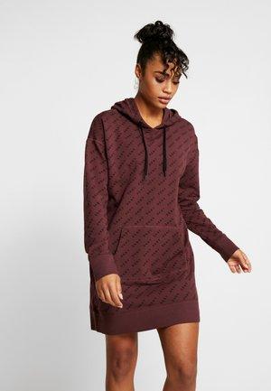 DRESS - Sportovní šaty - plum
