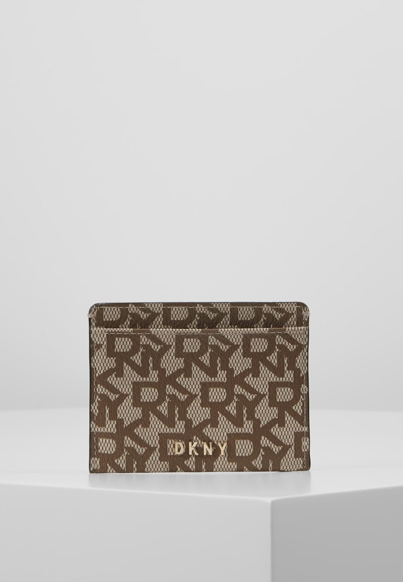 DKNY - BRYANT CARD HOLDER LOGO - Kortholder - chino/caramel