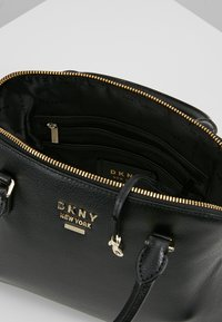 DKNY - WHITNEY LARGE DOME SATCHEL - Handtasche - black/gold - 4