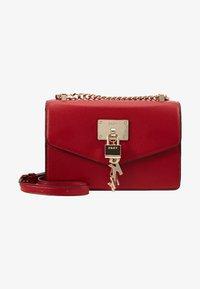 DKNY - ELISSA SMALL SHOULDER FLAP - Sac bandoulière - bright red - 6