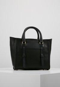 DKNY - WARREN  - Handtasche - black/gold-coloured - 2