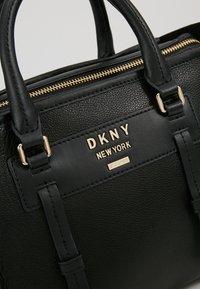 DKNY - WARREN  - Kabelka - black/gold-coloured - 7