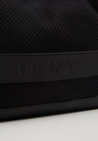 DKNY - EBONY TOTE - Handtasche - black - 6