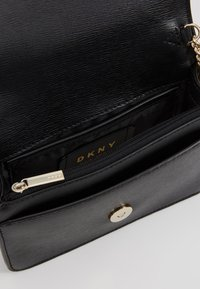 DKNY - AVA WALLET STRING - Across body bag - black/gold - 4