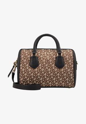 SATCHEL LOGO - Håndtasker - chino/black