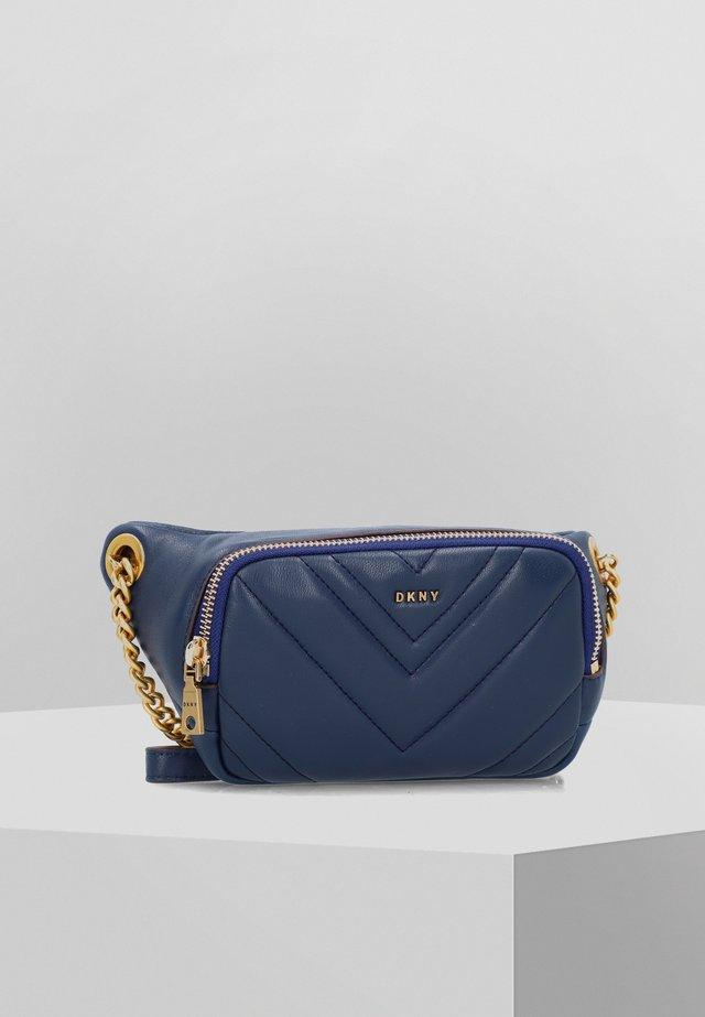 VIVIAN BELT BAG - Bum bag - indigo