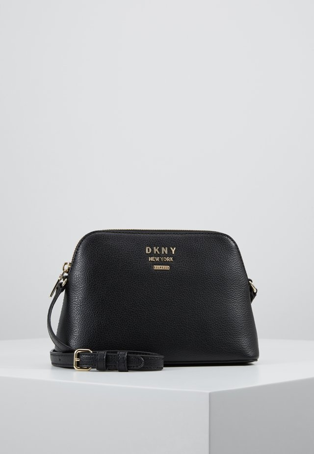WHITNEY DOME CROSSBODY - Olkalaukku - black/gold-coloured