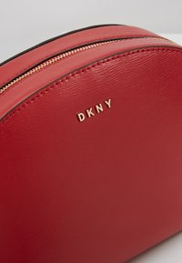 DKNY - SUTTON DOME XBODY - Across body bag - bright red - 6