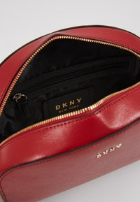 DKNY - SUTTON DOME XBODY - Across body bag - bright red - 4