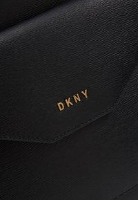 DKNY - ALEXA TOTE SUTTON - Tote bag - black/gold - 6