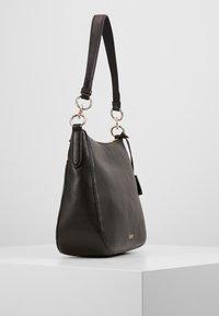 DKNY - DAYSIE  - Handtasche - black/gold-coloured - 3