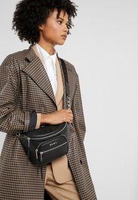 DKNY - ABBY  - Bum bag - black/silver - 1