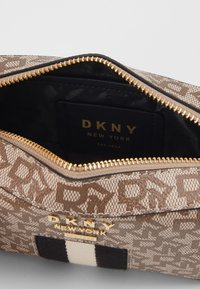 DKNY - LIZA - Camera bag - chino/black - 3