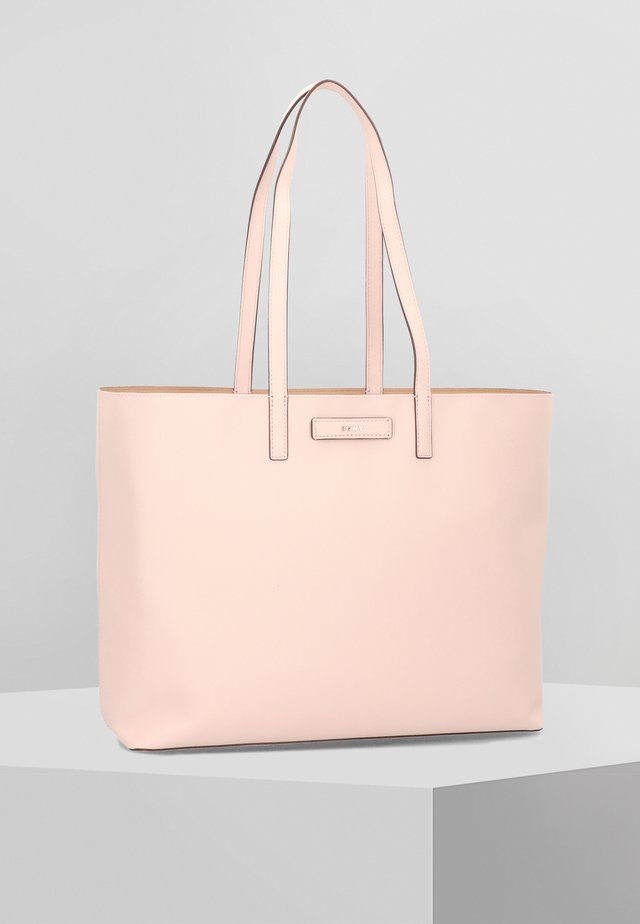 Handbag - ic blsh/la