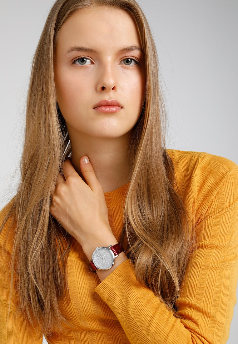 DKNY - THE MODERNIST - Montre - rot