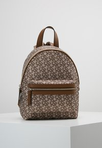 DKNY - CASEY MEDIUM BACKPACK - Reppu - nude - 0