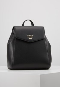 DKNY - WHITNEY FLAP BACKPACK - Zaino - black gold - 0