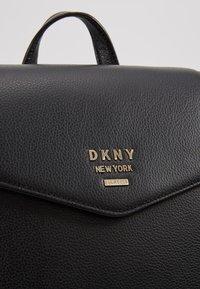 DKNY - WHITNEY FLAP BACKPACK - Zaino - black gold - 6