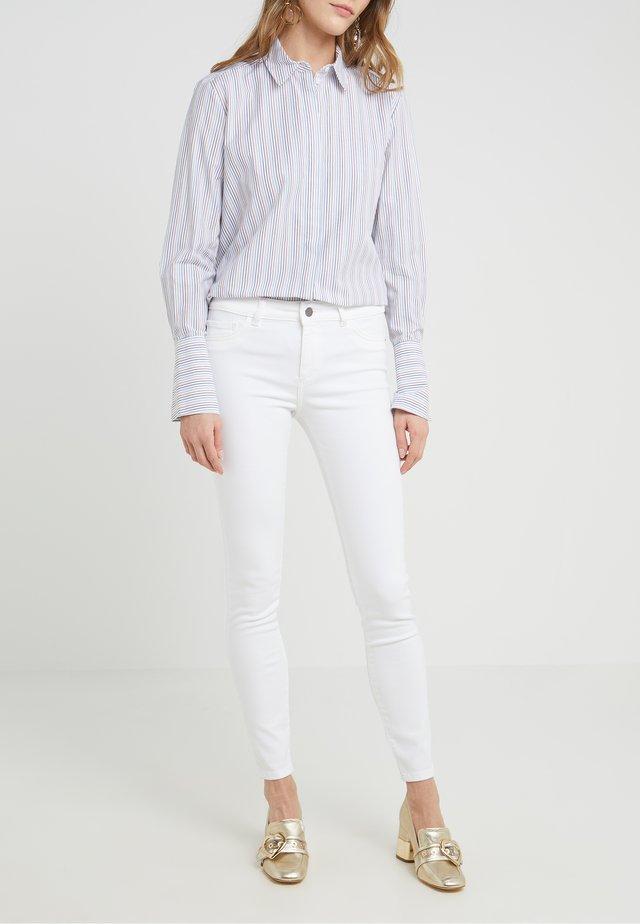 FLORENCE - Jeans Skinny Fit - porcelain