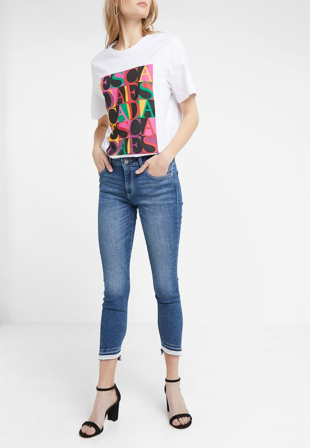 FLORENCE CROPPED - Jeans Skinny Fit - blue denim