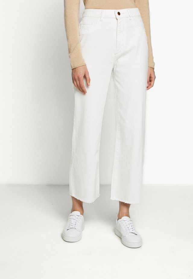 HEPBURN HIGH RISE WIDE LEG - Relaxed fit jeans - eggshell