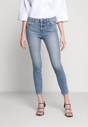 FLORENCE ANKLE MID RISE - Skinny džíny - edison