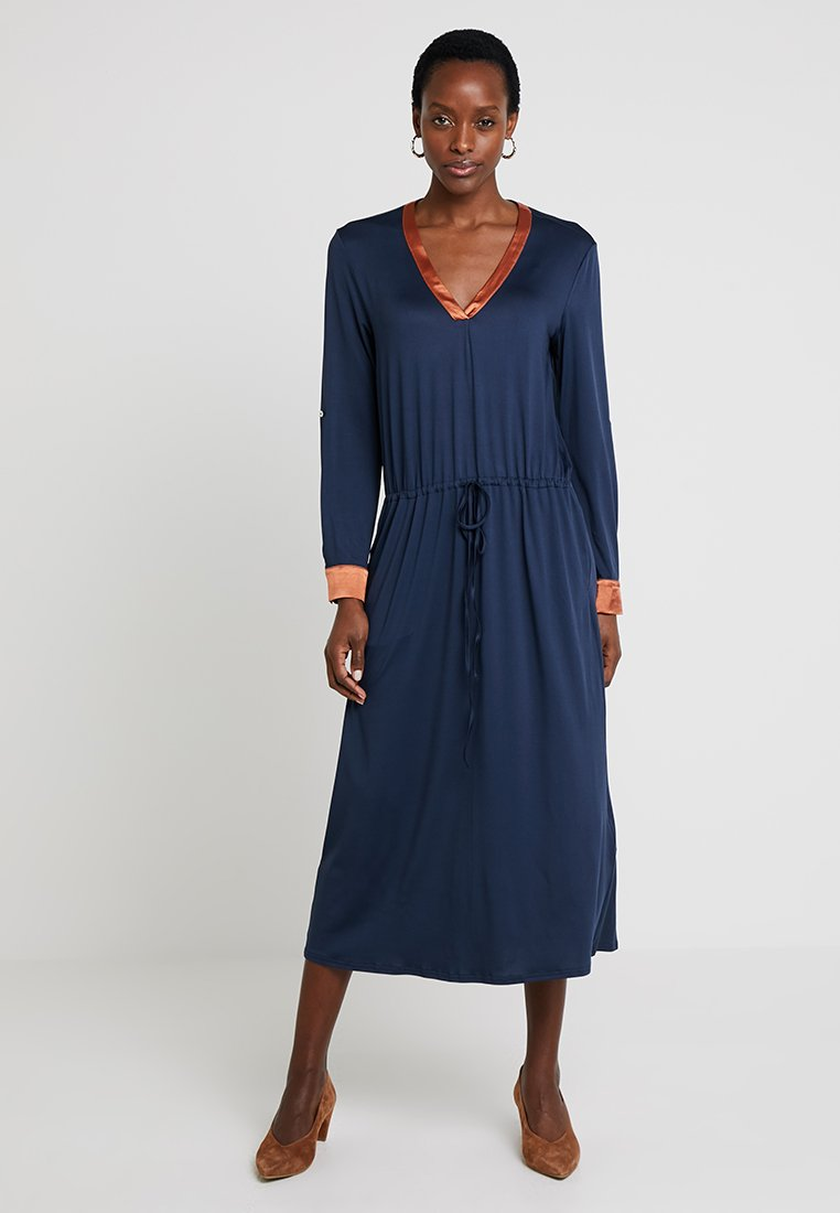 Delicatelove - VADA DRESS - Jersey dress - storm