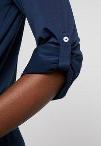 Delicatelove - VADA DRESS - Jersey dress - storm - 5