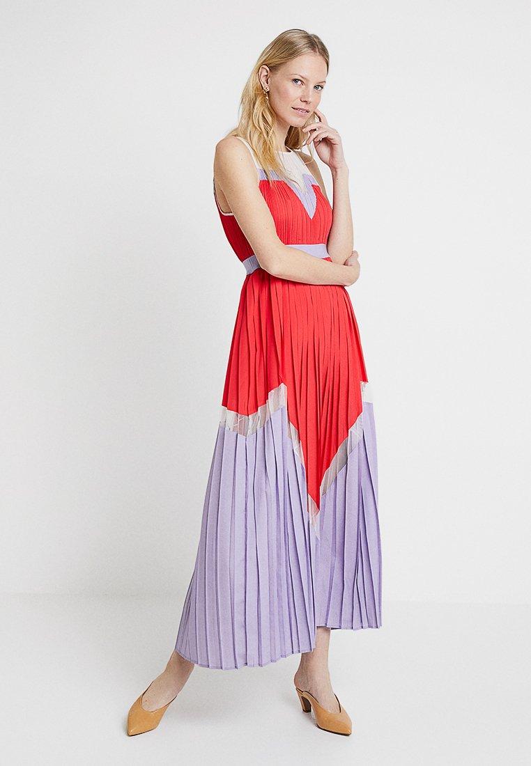 Delicatelove - KIRA DRESS - Maxi dress - kiss