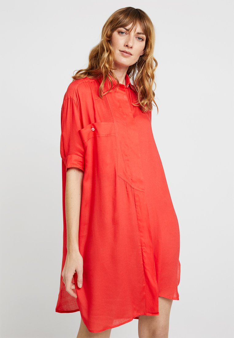 Delicatelove - STINADRESS - Shirt dress - kiss