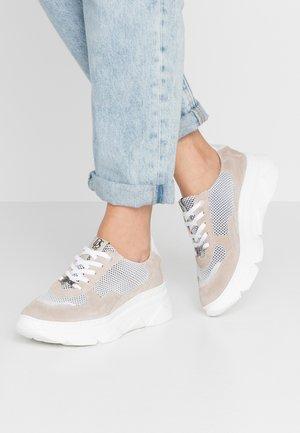 Sneakers basse - ivory/glitter bianco