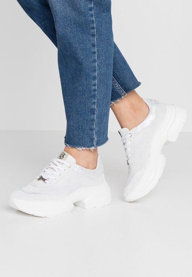 Sneakersy niskie - neve/glitter/bianco