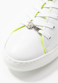 DL Sport - Trainers - bianco/giallo - 2