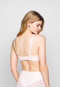 DIM - GENEROUS CLASSIC UNDERWIRE BRA - Bøyle-BH - ballerina pink - 2
