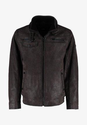 MIT STEHKRAGEN UND PRAKTISCHEN TASCHEN - Leather jacket - dark brown