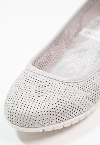 Dockers by Gerli - Ballerina's - silber - 5