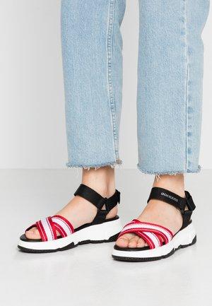 Platform sandals - schwarz/rot