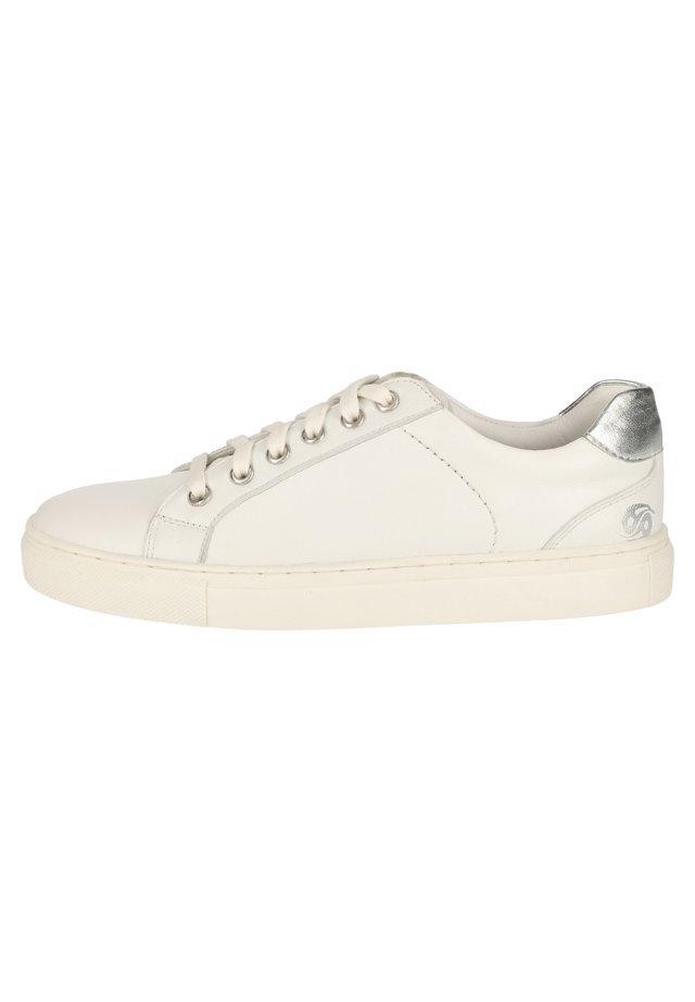 VDO111A07H-A11 - Sneakersy niskie - white