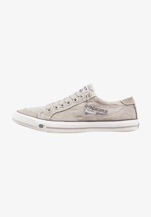 Sneakersy niskie - hellgrau