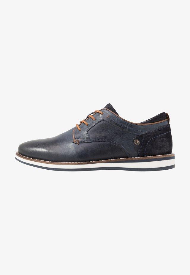 Volnočasové šněrovací boty - blau