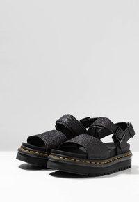 Dr. Martens - VOSS - Korkeakorkoiset sandaalit - black fine - 4