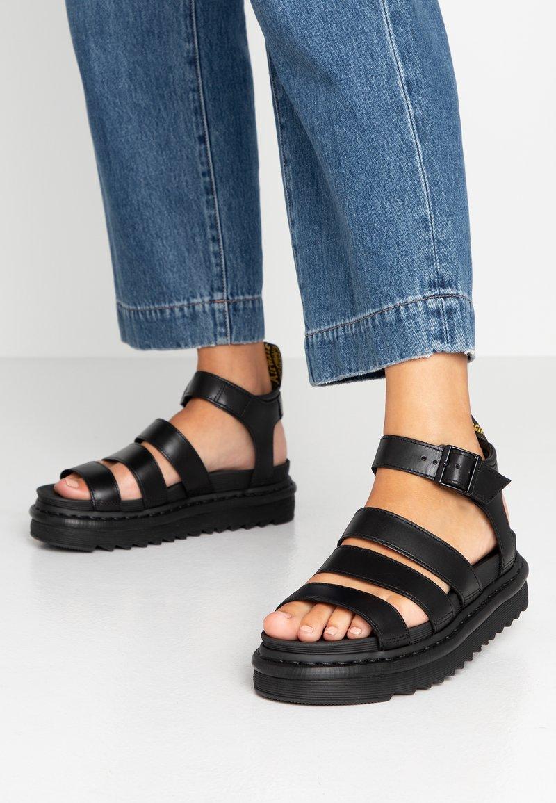 Dr. Martens - BLAIRE - Sandály na platformě - black