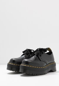 Dr. Martens - HOLLY - Oksfordki - black buttero - 4