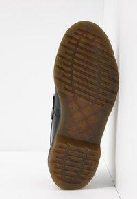 Dr. Martens - ADRIAN - Scarpe senza lacci - black - 6