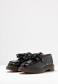 Dr. Martens - ADRIAN - Scarpe senza lacci - black - 4