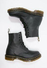 Dr. Martens - 1460 PASCAL - Šněrovací kotníkové boty - black - 1
