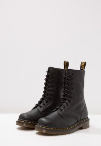 Dr. Martens - 1490 10 EYE VIRGINIA - Lace-up ankle boots - black - 3